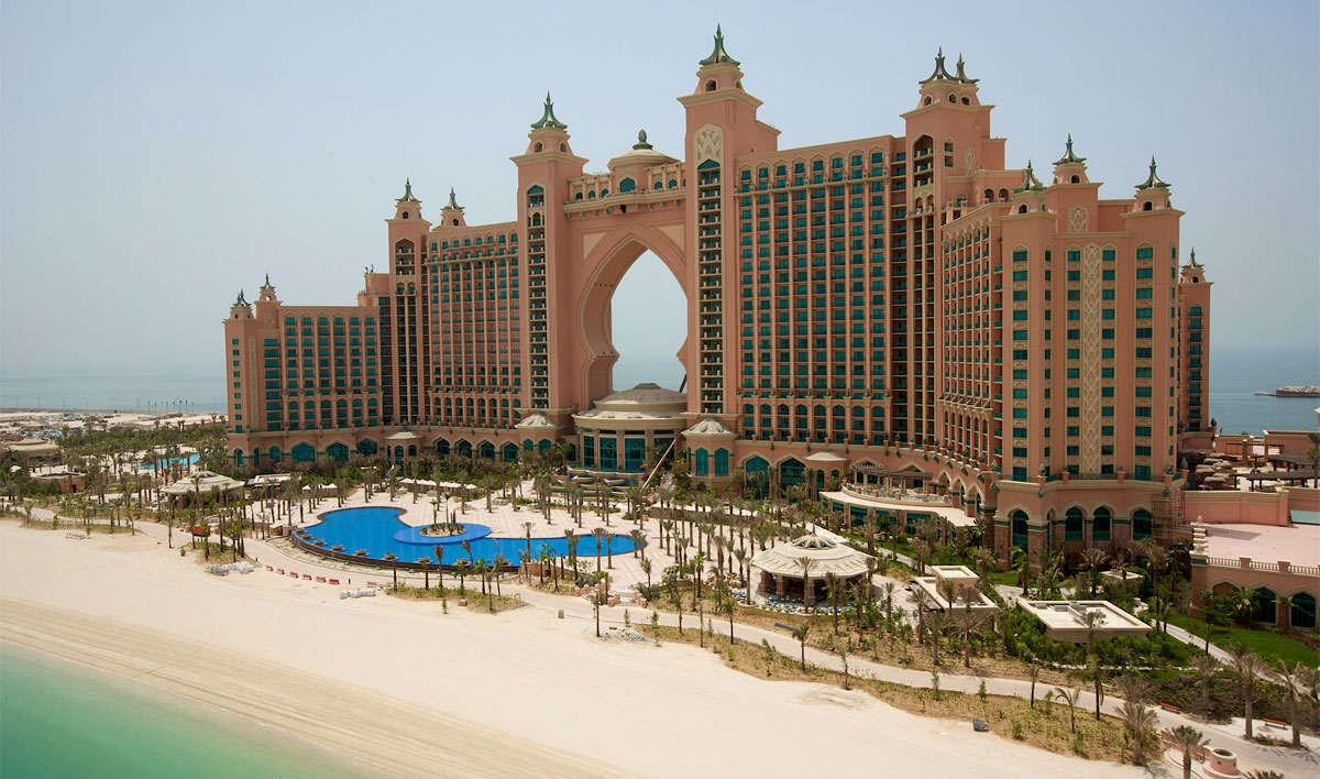 Dubai 39 s top 5 luxury hotels for the executive business for Nicest hotel in the world dubai