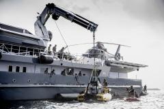 6711-Submarine-craned-e1499673280324
