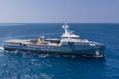 LzB1d0GKSKWTMlFoO2VU_best-superyacht-support-vessels-6711-credit-guillaume-plisson-2240x1260