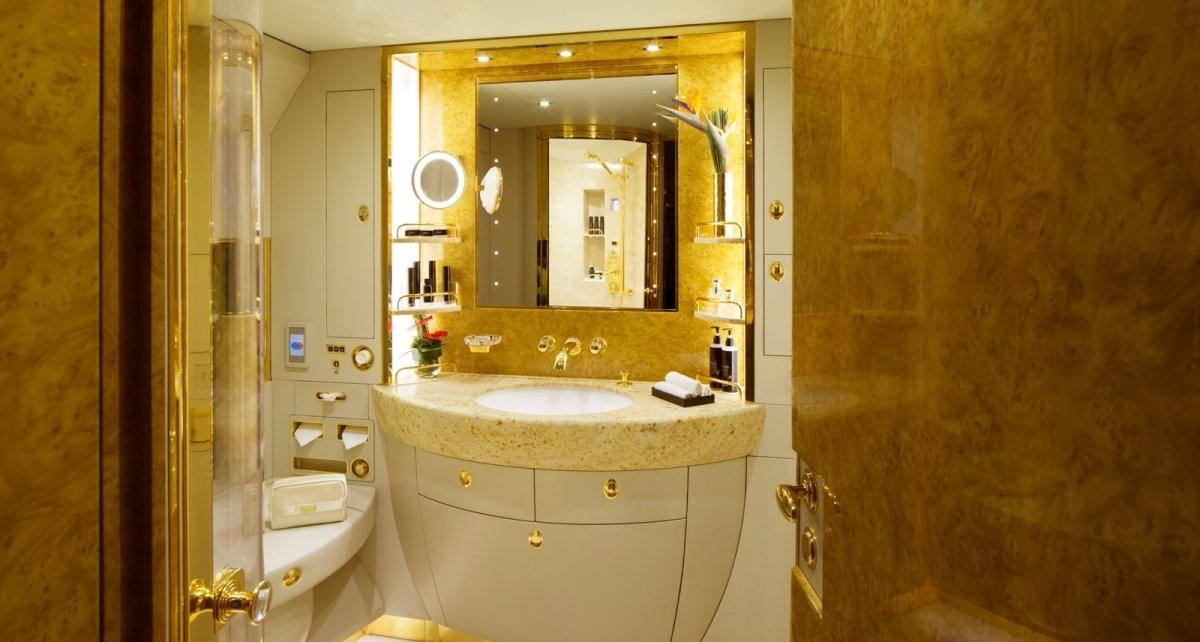 emirates-shower-spa