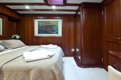 sailing-yacht-regina-guest-cabin