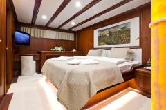 sailing-yacht-regina-master-cabin_001