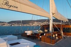 sailing-yacht-regina-midship-deck