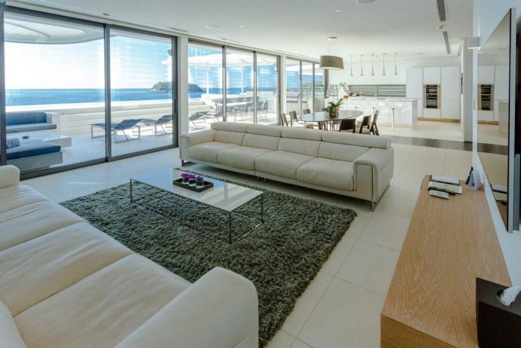 four-bedroom-sky-villa-penthouse_01-1446x964