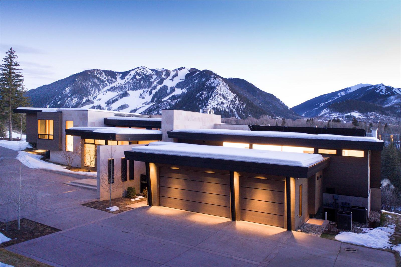 Stunning 32 million contemporary aspen ski home forever for Aspen house
